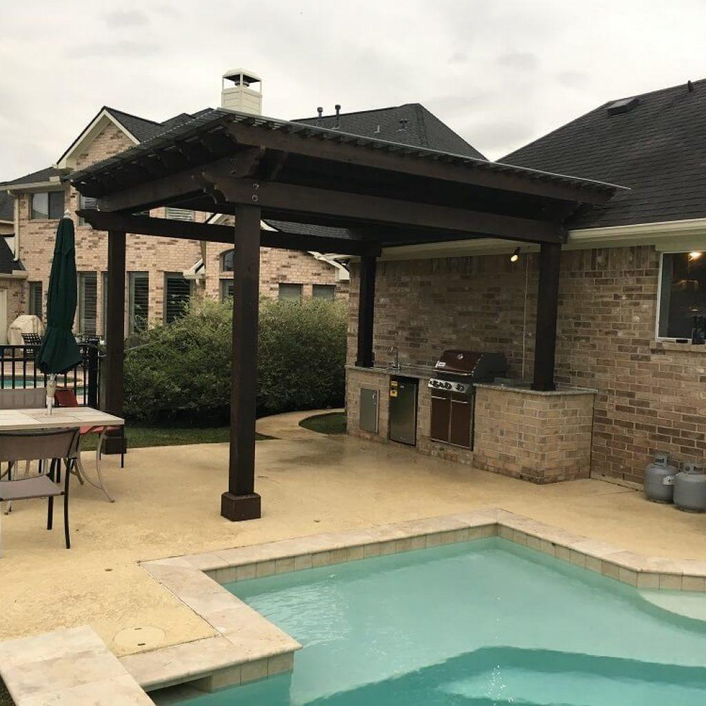 Company to build Pergolas , Pavillions and Pool - Texas