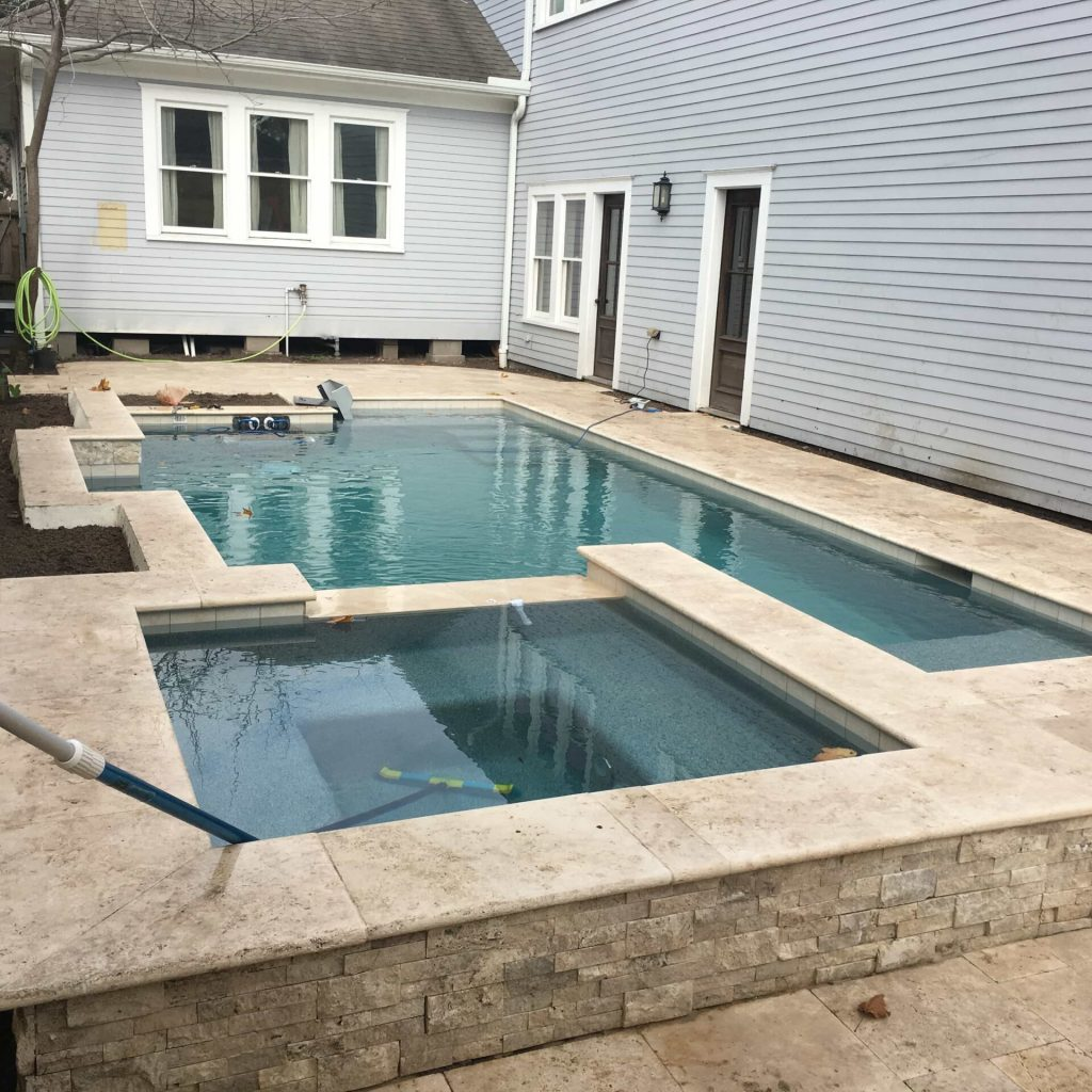 To build Pool and Spas - Texas