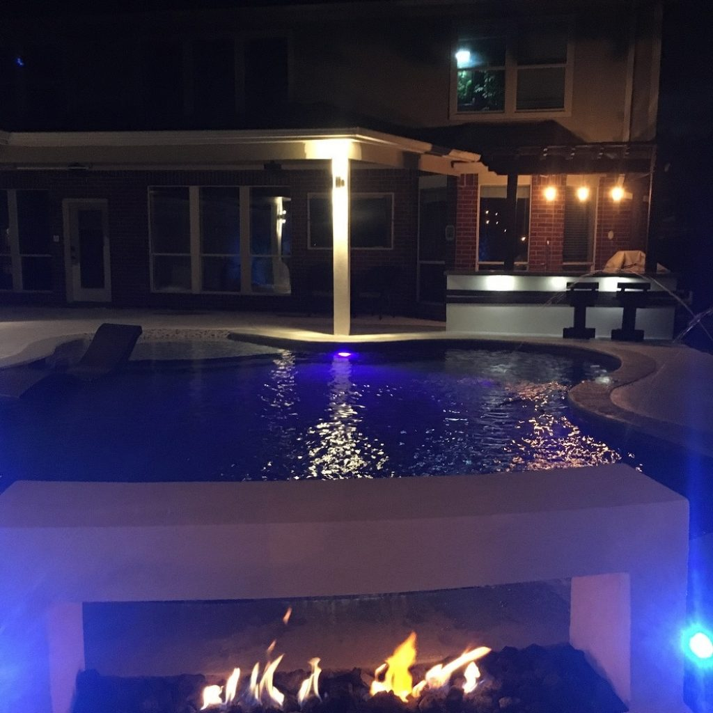 To build an amazing fireplaces in Texas